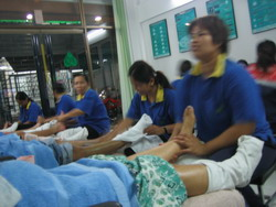 Foot Massage(20May06).jpg