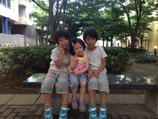 Miku_Kai&Haru_Bench_09July2014.JPG