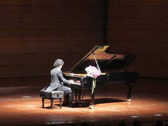 Yundi Li 25Oct,2010stage.JPG