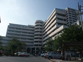 burapha2008-bldg.JPG